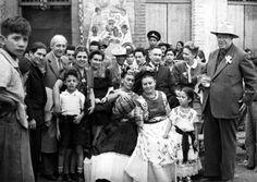 Frida Kahlo y Diego Rivera, en la inauguración de una pulquería