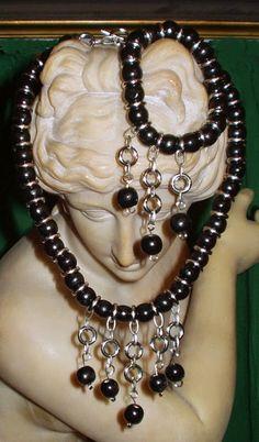 El Secreto Encanto De La Diva Necklace and bracelet.  Conjunto de collar y pulsera. Se puede ver en:  http://elsecretoencantodeladiva.blogspot.com.ar/