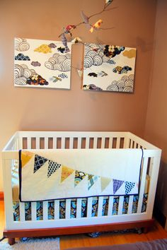 I have been thinking about what I want the quilt to match the nursery bedding to look like for a while, but I could not make up my mind.  I ...