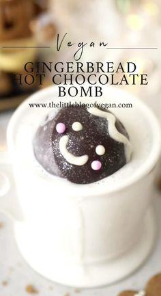 Hot Chocolate Gifts, Vegan Hot Chocolate, Christmas Hot Chocolate, Chocolate Spoons, Frozen Hot Chocolate, Chocolate Bomb, Hot Chocolate Recipes, Christmas Snacks, Xmas Food