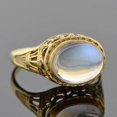 Art Nouveau 14kt Moonstone Filigree Ring