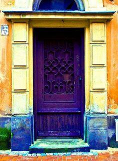 #old #door #eski #kapı #kapısüsü #rengarenk #colorfull #tokmak #zil