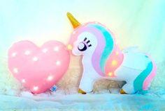#unicorn magical light http://wallartkids.com/unicorn-themed-bedroom-ideas