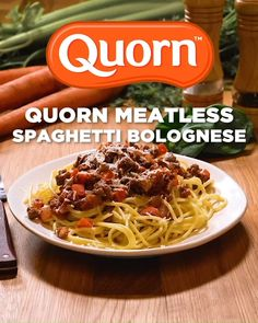 Quorns Meatless Grounds are the perfect replacement for beef in spaghetti bolognese. With only 100 calories and of protein per serving of our grounds, its so good youll forget its healthy! Find recipes, coupons, and a store near you: www. Quorn Recipes, Mince Recipes, Gourmet Recipes, Vegetarian Recipes, Healthy Recipes, Copycat Recipes, Vegetarian Spaghetti Bolognese, Vegan Spaghetti, Best Junk Food