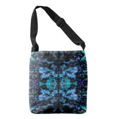 Psychedelic kaleidoscope pattern tote bag