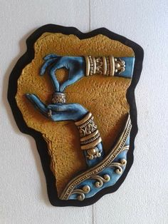Clay Wall Art, Mural Wall Art, Mural Painting, Clay Art Projects, Clay Crafts, Biscuit, Indian Art Paintings, Indian Folk Art, Indian Crafts