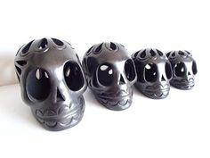 Colección De Calaveras Artesanales De Barro Negro 4 Piezas #oaxaca #barronegro #méxico #black #calavera #artesania