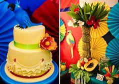 Olá pessoal! Esta festa foi inspirada no filme RIO, e eu achei demais! Linda a decoração, os detalhes, muito colorido, bem tropical ≠ fic...