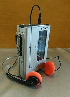 Vintage 1980s Sony Walkman WM-F1 with Sony Headphones AM/FM stereo radio #sonywalkman #retrostereo #throwbackthursday