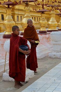 Monks, Shwezigon Pagoda, Bagan | by Peter Cook UK
