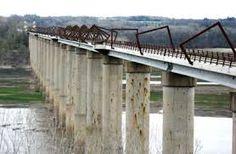 Resultado de imagen para high trestle trail bridge