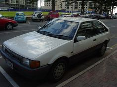 The second generation of Laser (another Ford/Mazda platform share agreement, this time with the Mazda 323) and first appearance of the TX3 model. The KC had a fuel injected DOHC 16v 1.6 engine, a relative novelty at the time but they are a bit oversh http://choxeviet.com/Cho-oto.aspx  http://choxeviet.com/ford/-i22/laser-j292.aspx