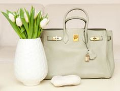 A sage green Birkin?! Must acquire this before I die. (<3 <3 <3)
