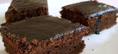 Σοκολατόπιτα στα γρήγορα Pastry Recipes, Cooking Recipes, Eat Dessert First, Tiramisu, Cupcakes, Desserts, Chocolate Cakes, Food, Muffins