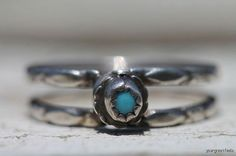 Vintage Southwestern Tribal Sterling Silver Turquoise Ring
