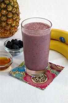 Blending together a variety of anti-oxidant rich fruits with spinach is a  nutritious way to start the day.http://www.chiquitabananas.com/Banana-Recipes/banana-anti-oxidant-smoothie-recipe.aspx?utm_source=recipenewsletter&utm_medium=email&utm_campaign=January14&hq_e=el&hq_m=2445993&hq_l=6&hq_v=e86e805a50