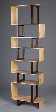 6 Sparkling Cool Ideas: Easy Wood Working For Kids wood working jigs scrap.Small Woodworking woodworking joints how to make. Woodworking Joints, Woodworking Patterns, Woodworking Furniture, Fine Woodworking, Woodworking Crafts, Wood Furniture, Intarsia Woodworking, Woodworking Classes, Woodworking Machinery