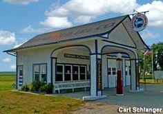 Odell, Illinois: 1932 Standard Oil Filling Station