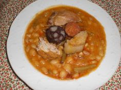 Spanish Cuisine, Spanish Food, Chana Masala, Thai Red Curry, Oatmeal, Good Food, Chicken, Cooking, Breakfast