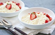 A sweet treat for a Valentines Day supper, this silky, indulgent rice dessert, layered with fresh strawberries, is ideal warm, but leftovers are also delicious served cold.