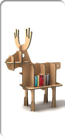 Raindeer Christmas cardbord bookshelf