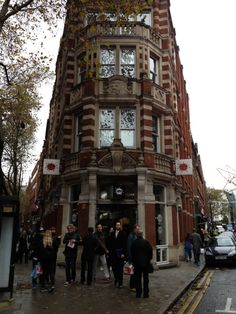 Fopp in London, Greater London