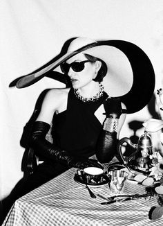 Paloma Picasso in a maxi, cut-out LBD at Tiffany & Co. New York,1980. Photo  Roxanne Lowit