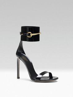 Sandálias em pele envernizada, Gucci
