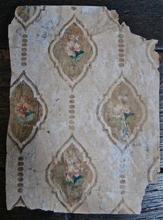 artssake:Wallpaper from a house in Fournier Street, East London. Dated around 1721
