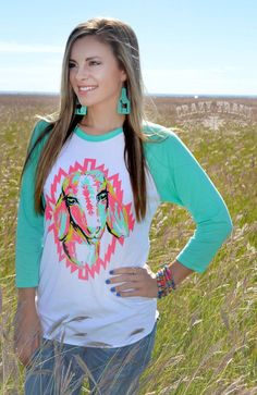 What a beautiful goat in gorgeous, bold colors! Gotta have this one, ladies. Wear it for show or just to kick back. Pretty as a picture! Ladies sizing. S=4/6, M-8/10, L=10/12, XL=14/16, 2XL=18/20, 3XL