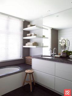 Moderne badkamer ideeen met ligbad