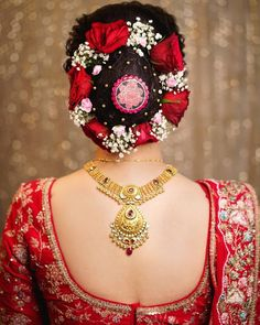 Photo By Orange The Salon - Bridal Makeup Indian Bridal Hairstyles, Fancy Hairstyles, Girl Hairstyles, Wedding Hairstyles, Bridesmaid Hairstyles, Amazing Hairstyles, Creative Hairstyles, Indian Wedding Makeup, Best Bridal Makeup
