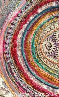Isabel Moore - Thread Noodle von patsy - Maschinenstickerei - Art World Art Fibres Textiles, Textile Fiber Art, Textile Artists, Embroidery Art, Embroidery Stitches, Machine Embroidery, Fabric Art, Fabric Crafts, Scrap Fabric