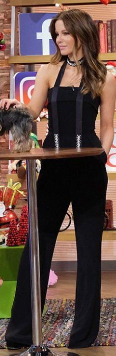 Kate Beckinsale: Jumpsuit – Elie Saab  Shoes – Giuseppe Zanotti  Necklace – Fallon Monarch