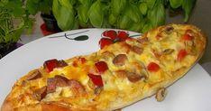 Kolejna propozycja pieczonych bagietek z dodatkiem kiełbasy, pieczarek i czerwonej papryki. Po przepis na bagietki z mniejszą ilością dodat... Pizza, Cheese, Food, Essen, Meals, Yemek, Eten