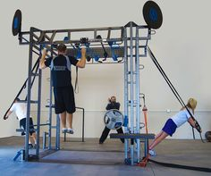 The MoveStrong™ Functional Training Station combines basic human movements with the latest functional strength training techniques using resistance bands, ropes, rings, barbells and rotational trainers. Rack Crossfit, Parkour Gym, Dream Gym, Diy Home Gym, Home Gym Design, Fitness Facilities, Outdoor Gym, Gym Room, Jungle Gym