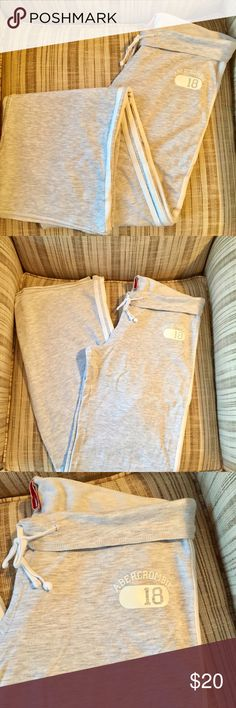 """Juniors Abercrombie Track Pants JUNIORS Abercrombie Gray Lightweight, fold over Track Pants, XL, 34"""" inseam. Equivalent of a ladies Medium. Hidden tie at waist. Abercrombie logo in White lettering across the Backside and small logo on the front hip area. Fantastic lounge or exercise Pants! Nice Condition!! ✨ Abercrombie & Fitch Pants Track Pants & Joggers"""