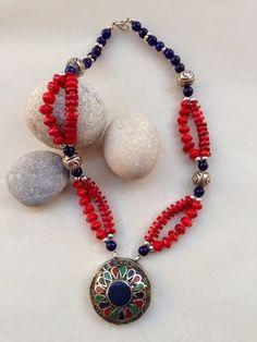 İletişim: aksesuarelle@gmail.com Bohem Tarzı Mercan, Kuvars Taşlı Nepal Gümüşü Kolye - El Yapımı Takı Tasarım / Bohemian Style Coral and Quartz, Nepal Silver Neclace  - Handmade Jewelry Design