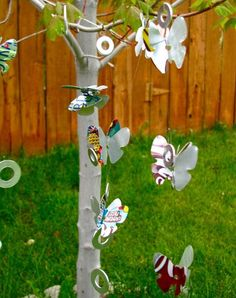 Make your own wind chime using stuff from your recycling bin with this craft tutorial. Soda Can Wind Chimes are great because the silver material glistens in the sun and the thin metal makes a lovely sound when it clinks against the attached washers.