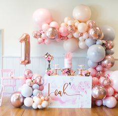 """364 curtidas, 22 comentários - Life's Little Celebrations (@lifeslittlecelebrations) no Instagram: """"I'm delighted to share with you more pics from my daughters first birthday with a floral flamingo…"""""""