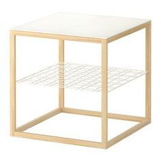 IKEA PS 2012 Sofabord IKEA Separat hylde til opbevaring af magasiner osv. Holder orden i tingene og gi'r plads på bordet.