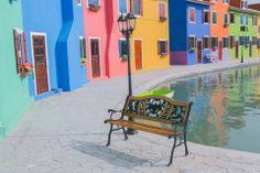 Burano, Venezia, Italia Italy Location, Places To Travel, Beautiful Places, Chair, Furniture, Home Decor, Italia, Around The Worlds, Interior Design