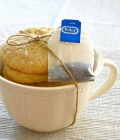 Great packaging idea for Earl Grey (or any tea) cookies!