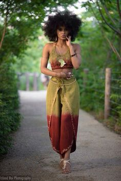 """naturalhairqueens: """"Afrocentric chica """""""