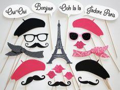 Casamento inspirado nos carrosséis parisienses | O blog da Maria. #casamento #ideias #inspiracao #Paris #mascaras #photobooth