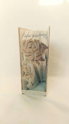 papierikovo / Ruža 1 - vyskladaná z knihy Book Folding, Book Art, Books, Home Decor, Libros, Decoration Home, Room Decor, Book, Book Illustrations