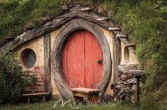 Hobbit Hole - Click to Zoom!