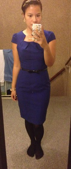 Simple and clean officelook .. Marineblue pencildress