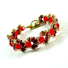 Cascara Red, Beadwork Bracelet with Crystals and Red Super Duo Beads.