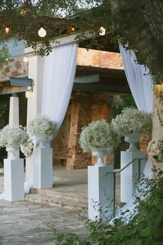 Impressive decor with baby breath for a wedding entry decoration.